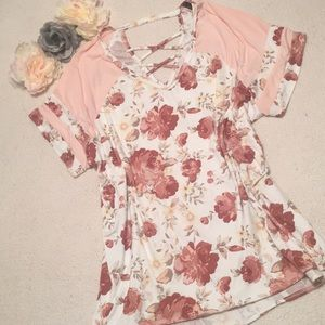 Tops - Pink floral top with cutout back